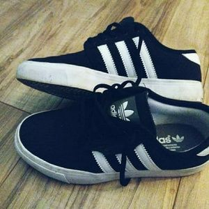 Youth Classic Adidas!